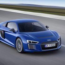 Фотография экоавто Audi R8 e-tron - фото 21
