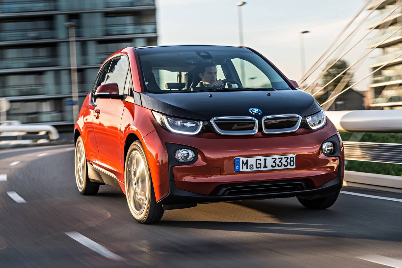 Фотография экоавто BMW i3 (22 кВт•ч) - фото 2