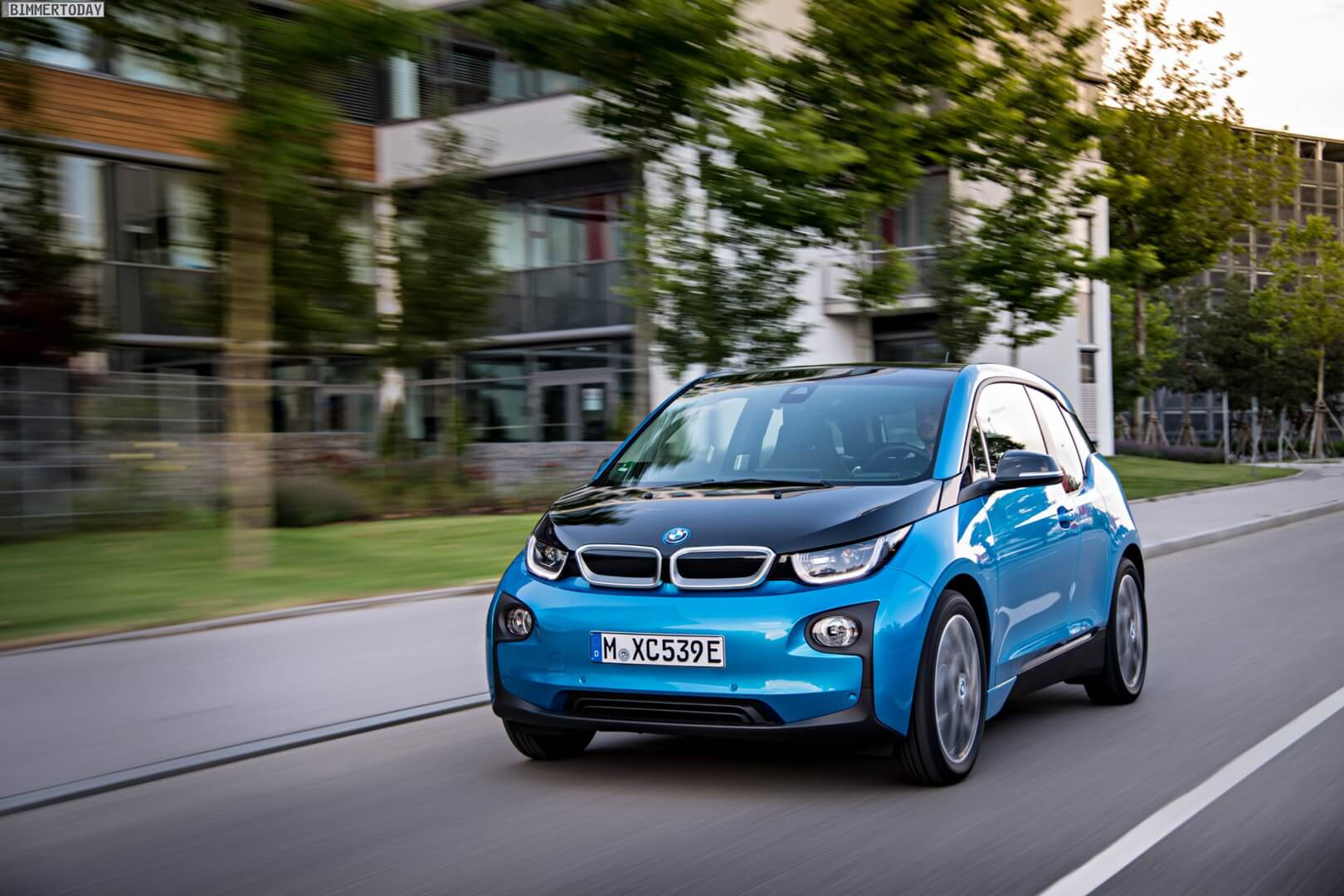 Фотография экоавто BMW i3 (33 кВт•ч) - фото 31