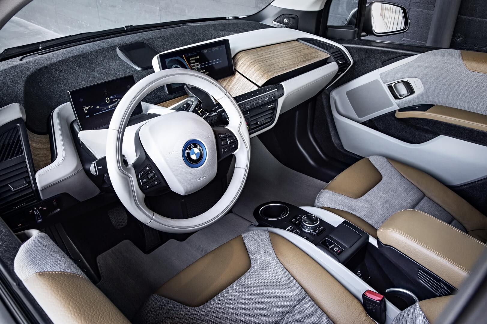 Фотография экоавто BMW i3 Range Extender (22 кВт•ч) - фото 22
