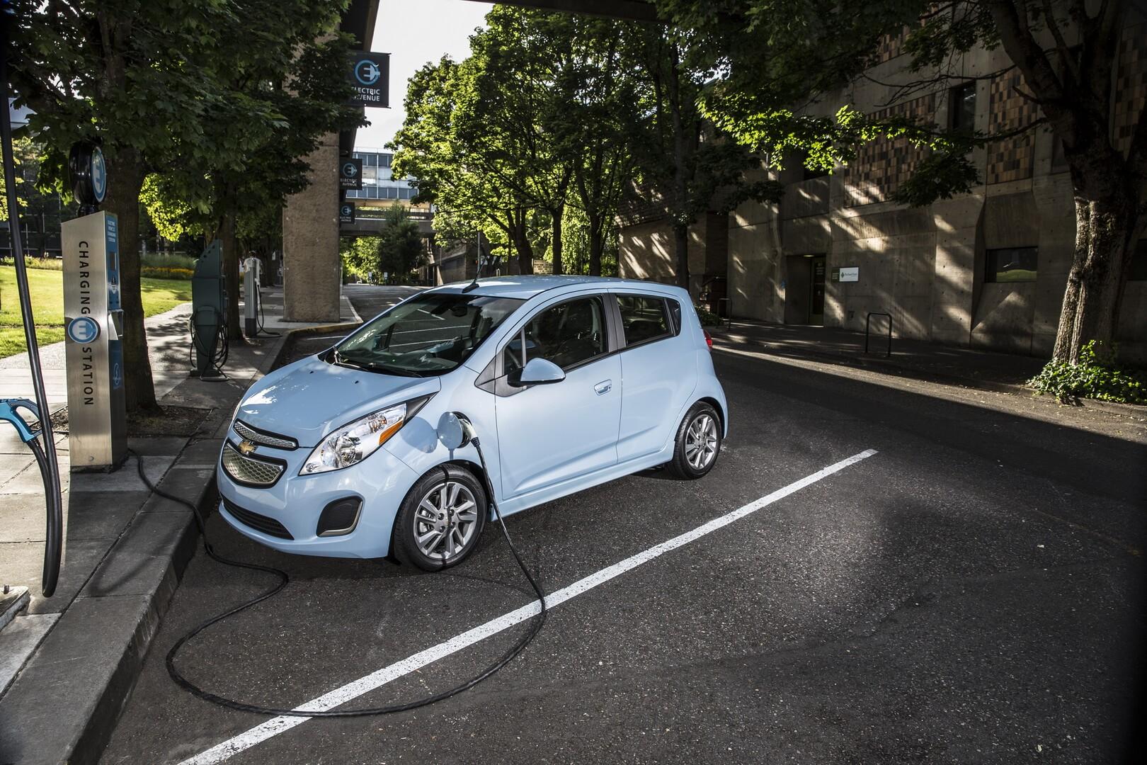 Фотография экоавто Chevrolet Spark EV - фото 18