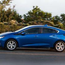 Фотография экоавто Chevrolet Volt 2016 - фото 4