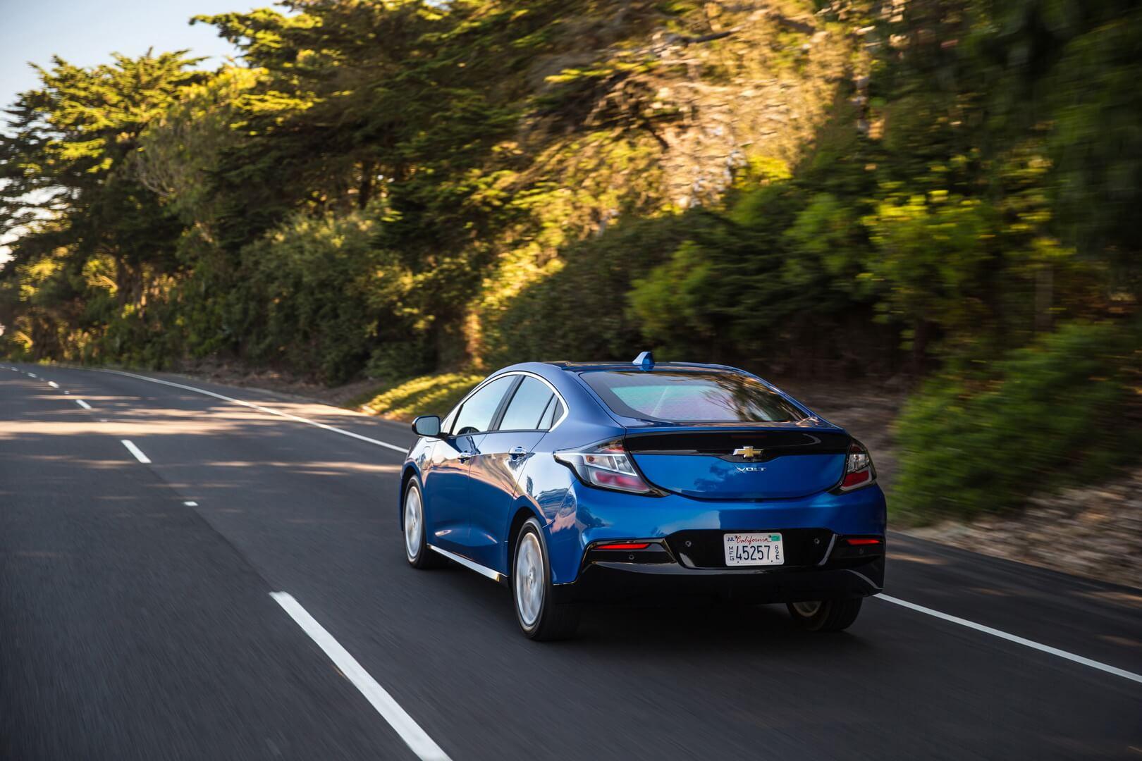 Фотография экоавто Chevrolet Volt 2016 - фото 11