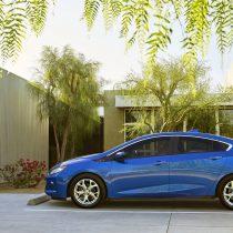 Фотография экоавто Chevrolet Volt 2016 - фото 16