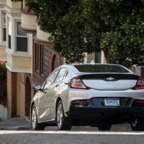 Фотография экоавто Chevrolet Volt 2016 - фото 28
