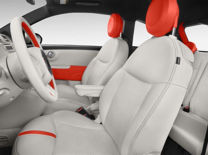 Передние сиденья Fiat 500e