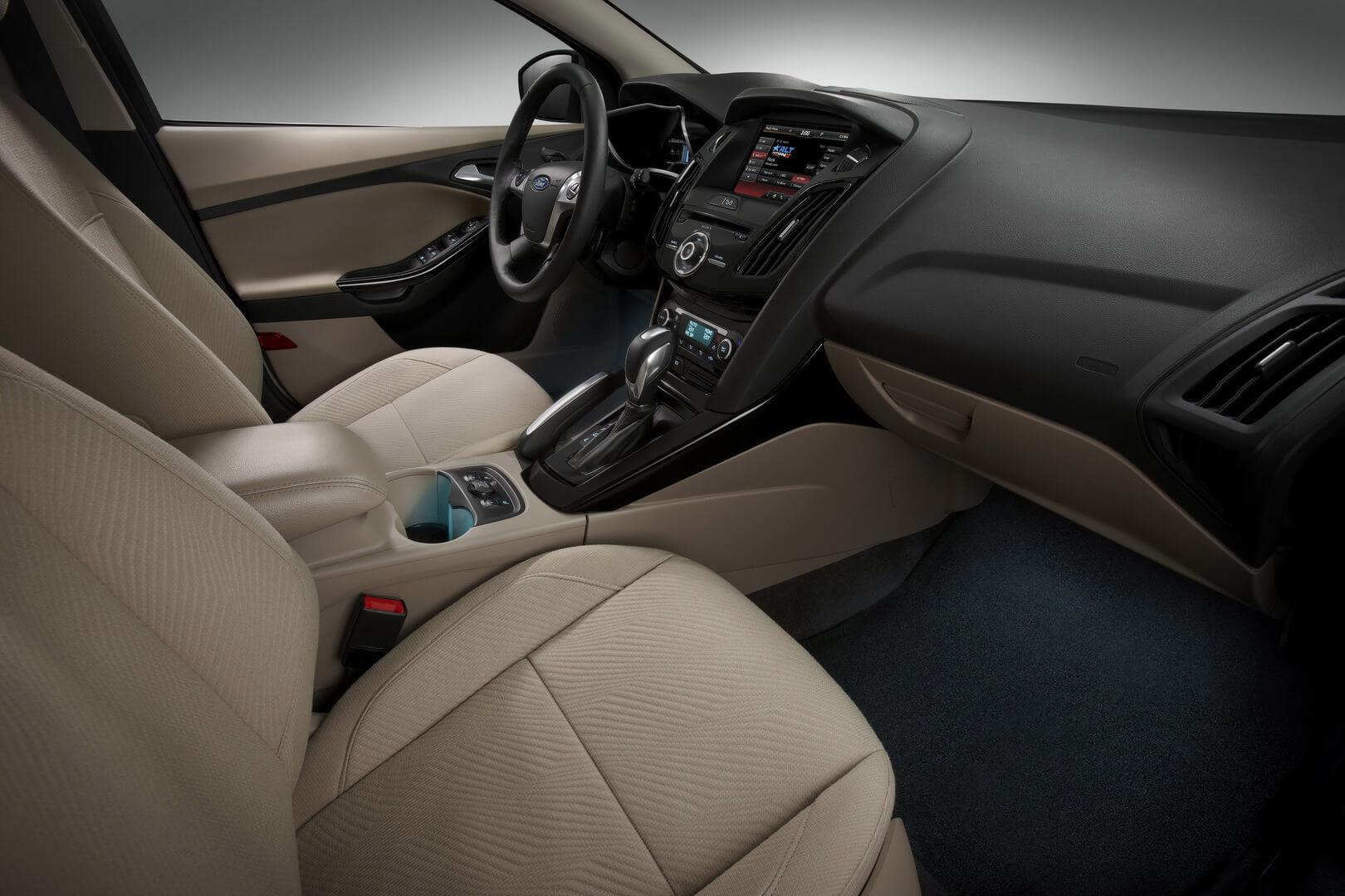 Фотография экоавто Ford Focus Electric - фото 18