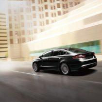 Фотография экоавто Ford Fusion Energi SE - фото 4