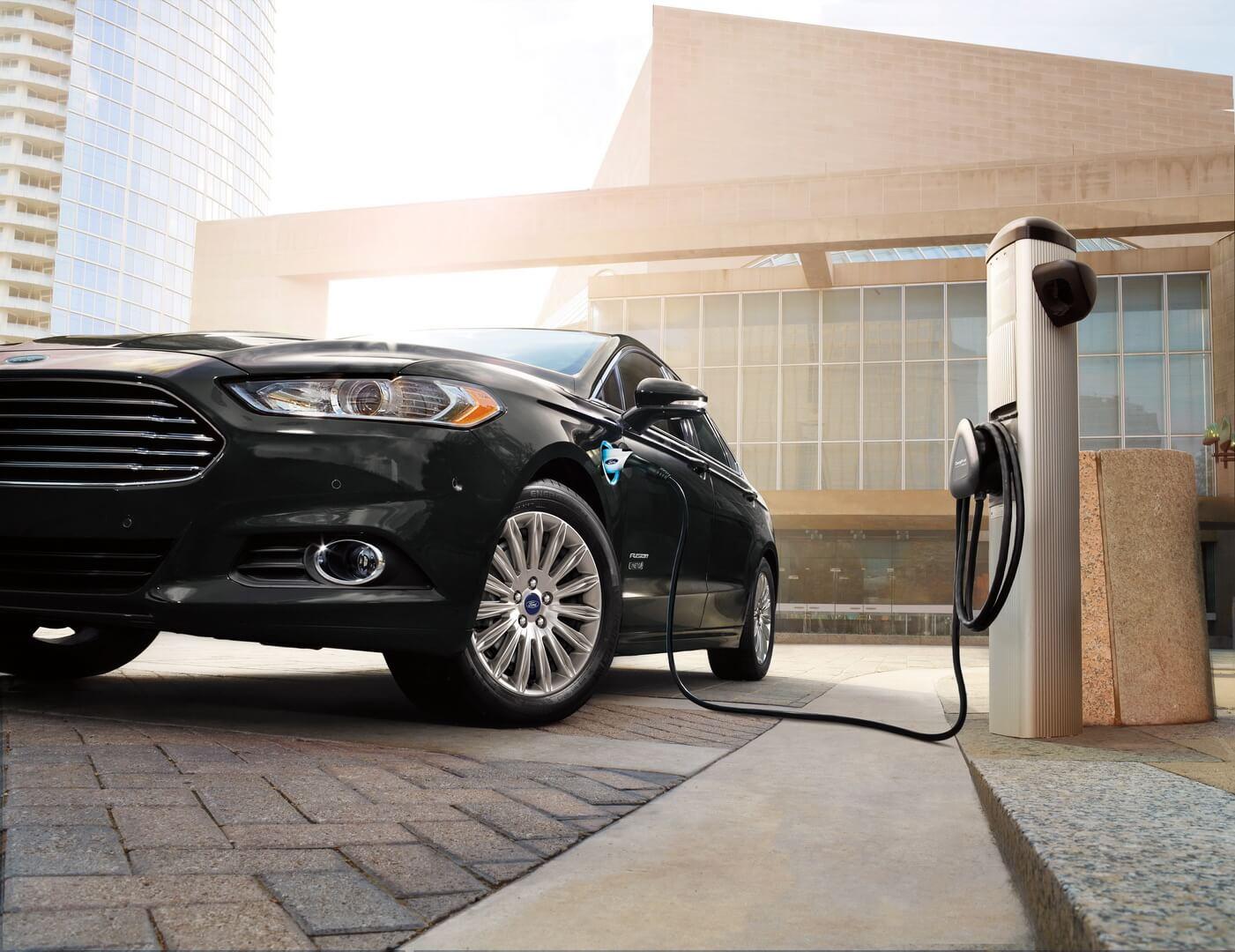 Фотография экоавто Ford Fusion Energi SE - фото 5