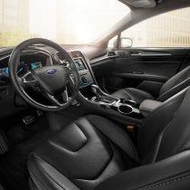 Фотография экоавто Ford Fusion Energi SE - фото 10