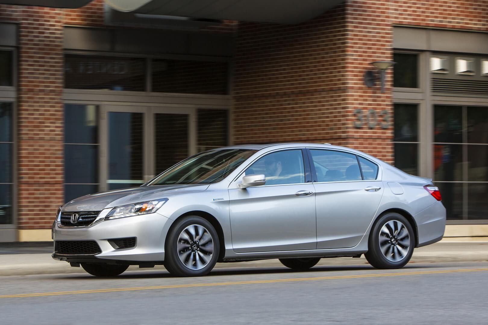 Фотография экоавто Honda Accord Hybrid 2014 - фото 14