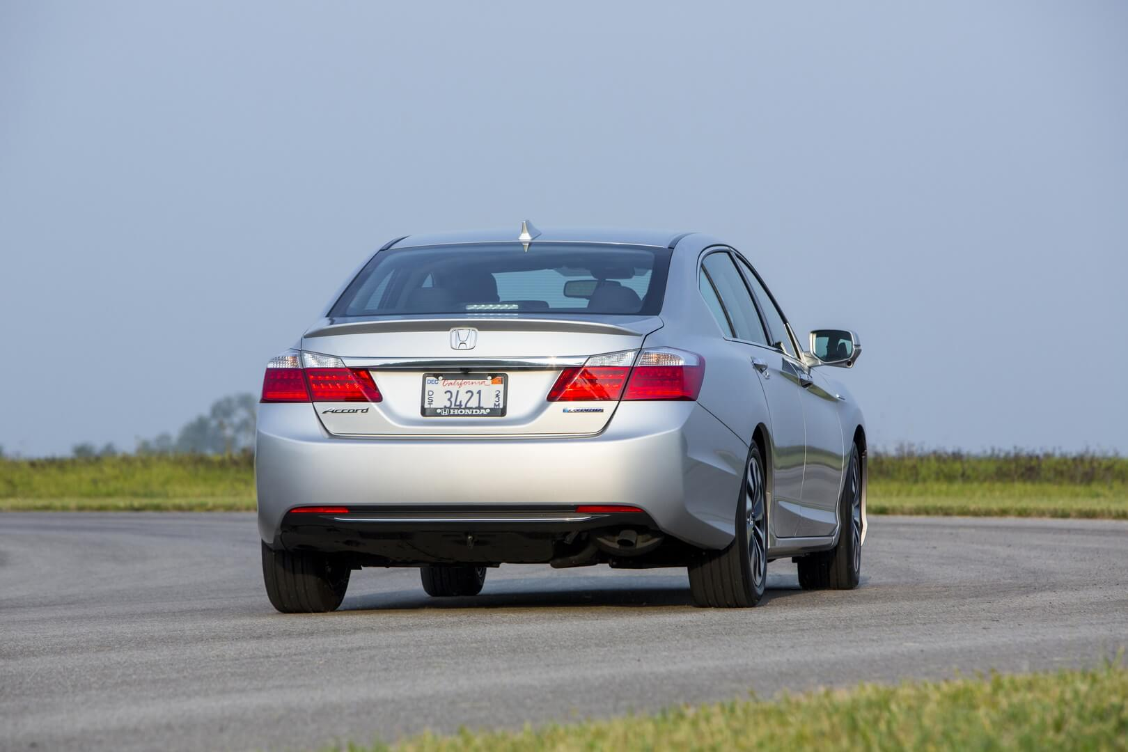 Фотография экоавто Honda Accord Hybrid 2014 - фото 36