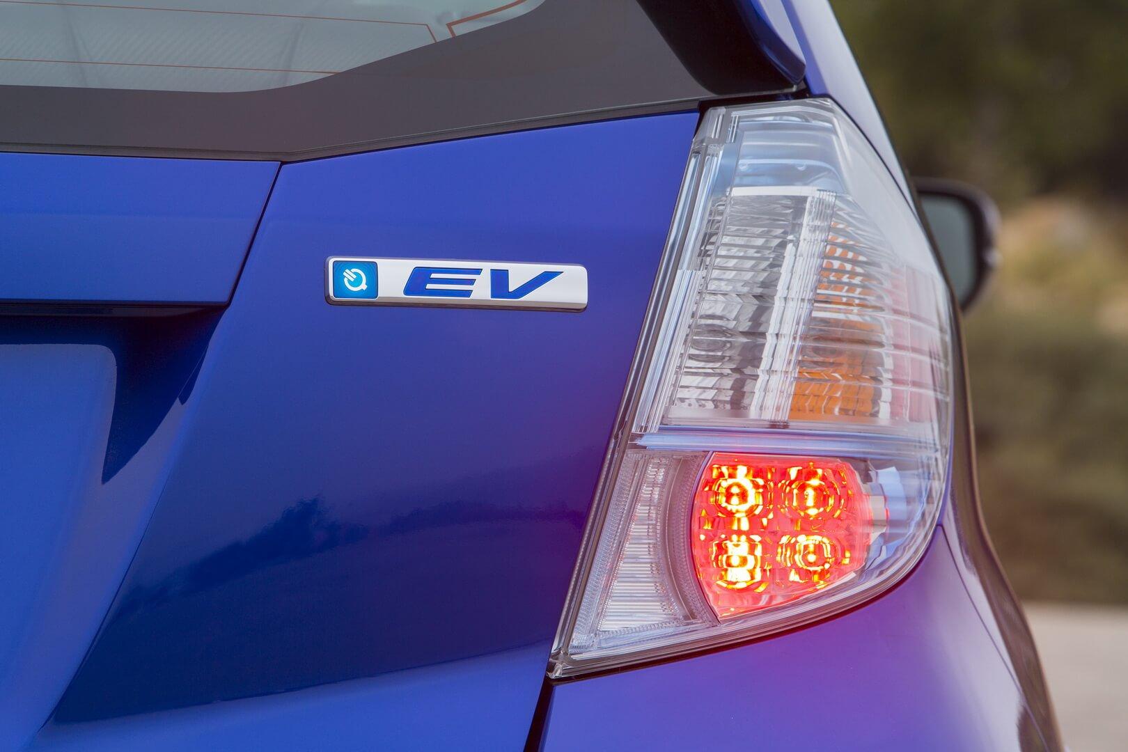 Фотография экоавто Honda Fit EV - фото 54