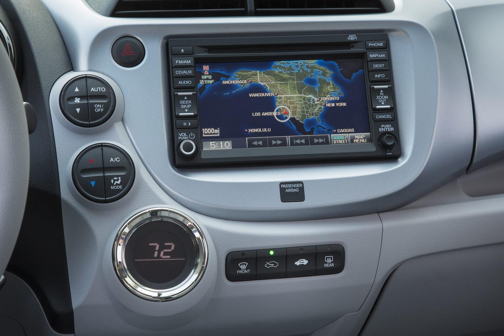 Фотография экоавто Honda Fit EV - фото 75