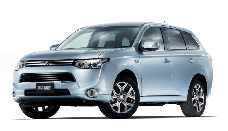 Плагин-гибрид Mitsubishi Outlander PHEV