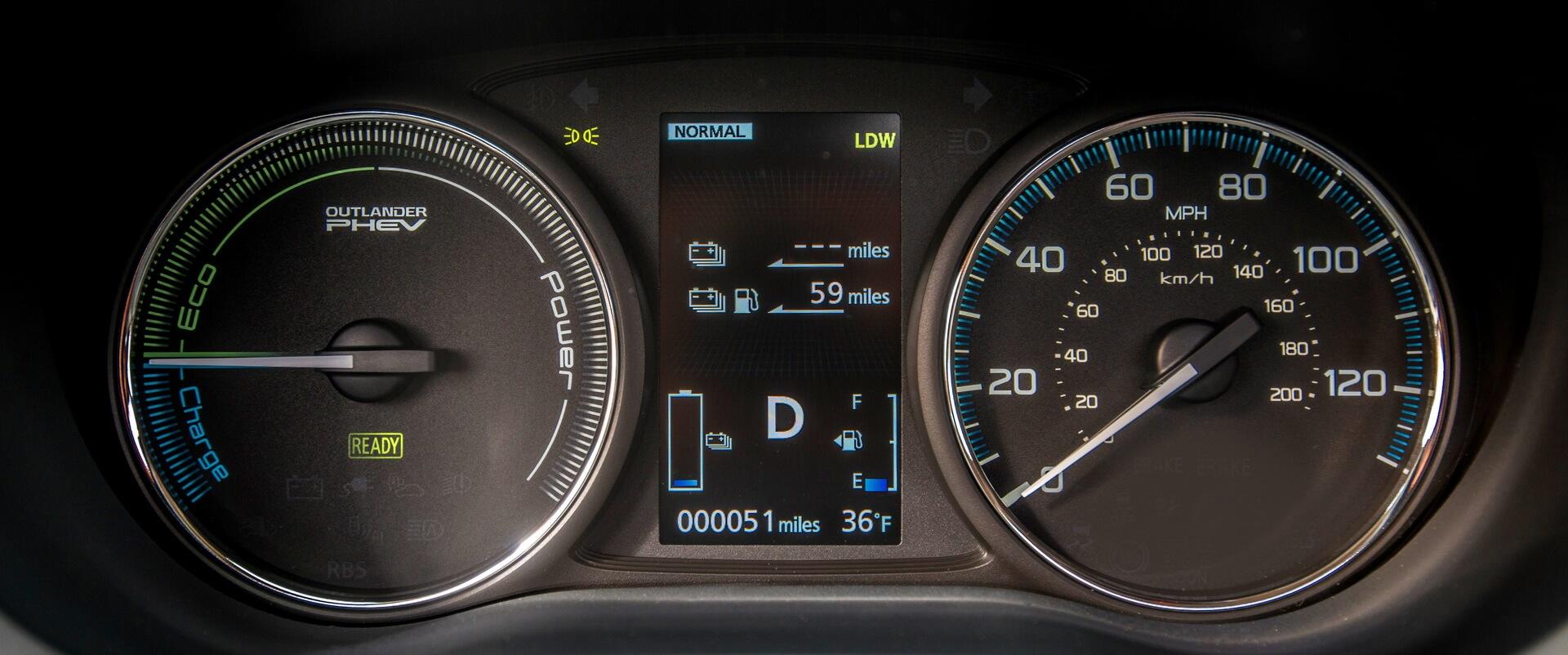Фотография экоавто Mitsubishi Outlander PHEV 2016-2017 - фото 32
