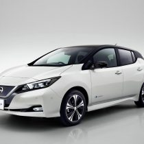 Фотография экоавто Nissan Leaf 2018 - фото 2