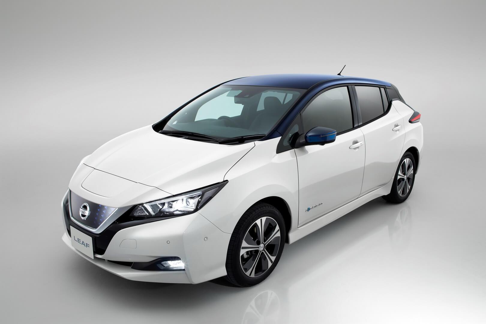 Фотография экоавто Nissan Leaf 2018 (60 кВт•ч) - фото 8