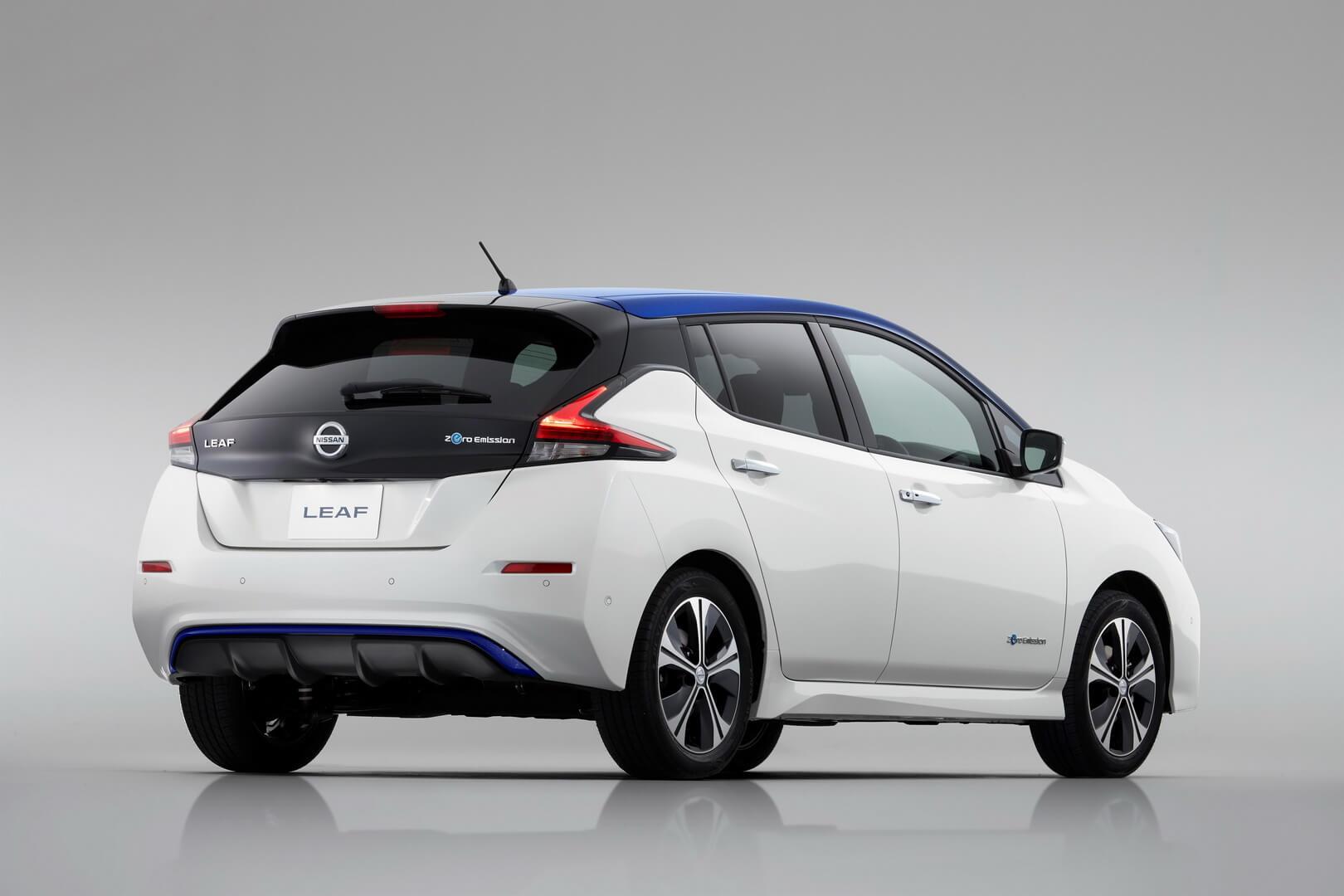 Фотография экоавто Nissan Leaf 2018 (60 кВт•ч) - фото 11