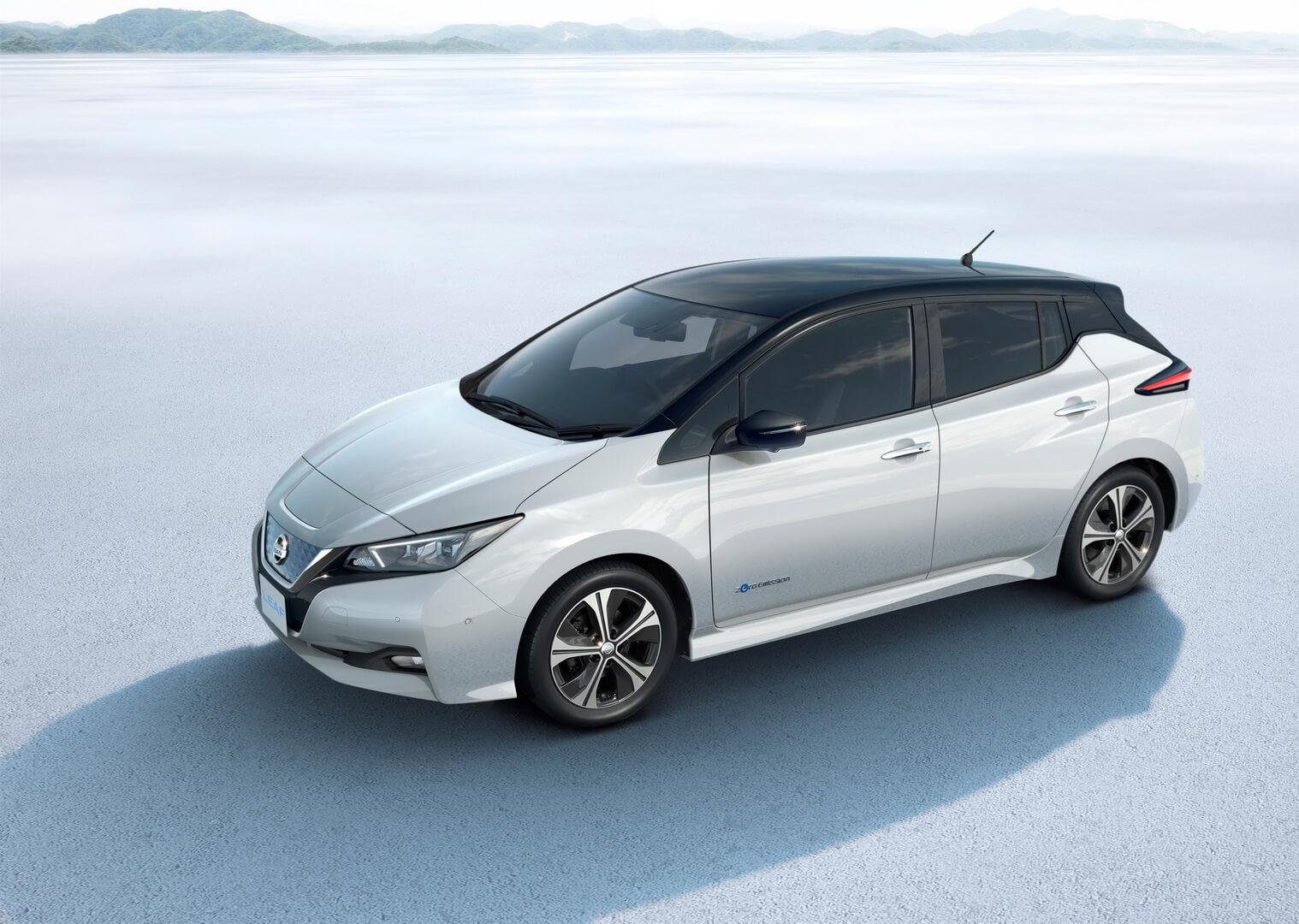Фотография экоавто Nissan Leaf 2018 (60 кВт•ч) - фото 24