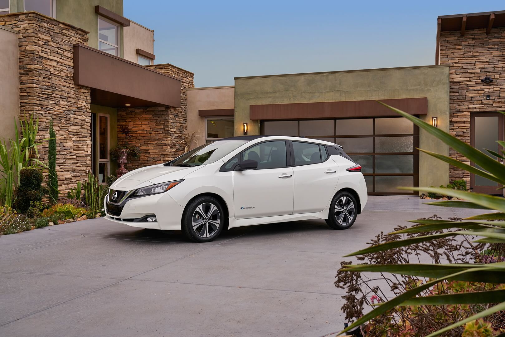 Фотография экоавто Nissan Leaf 2018 - фото 26