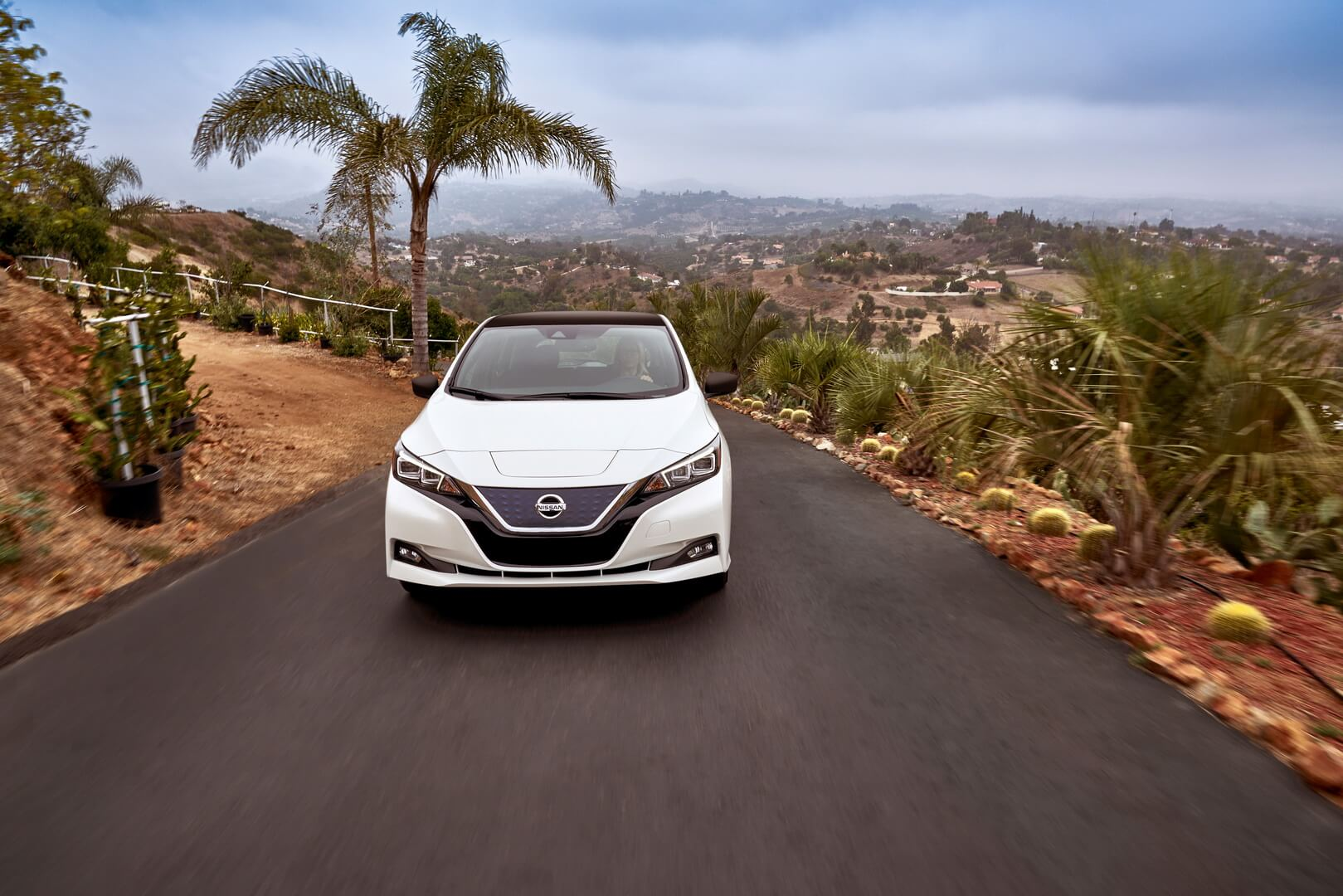 Фотография экоавто Nissan Leaf 2018 - фото 30