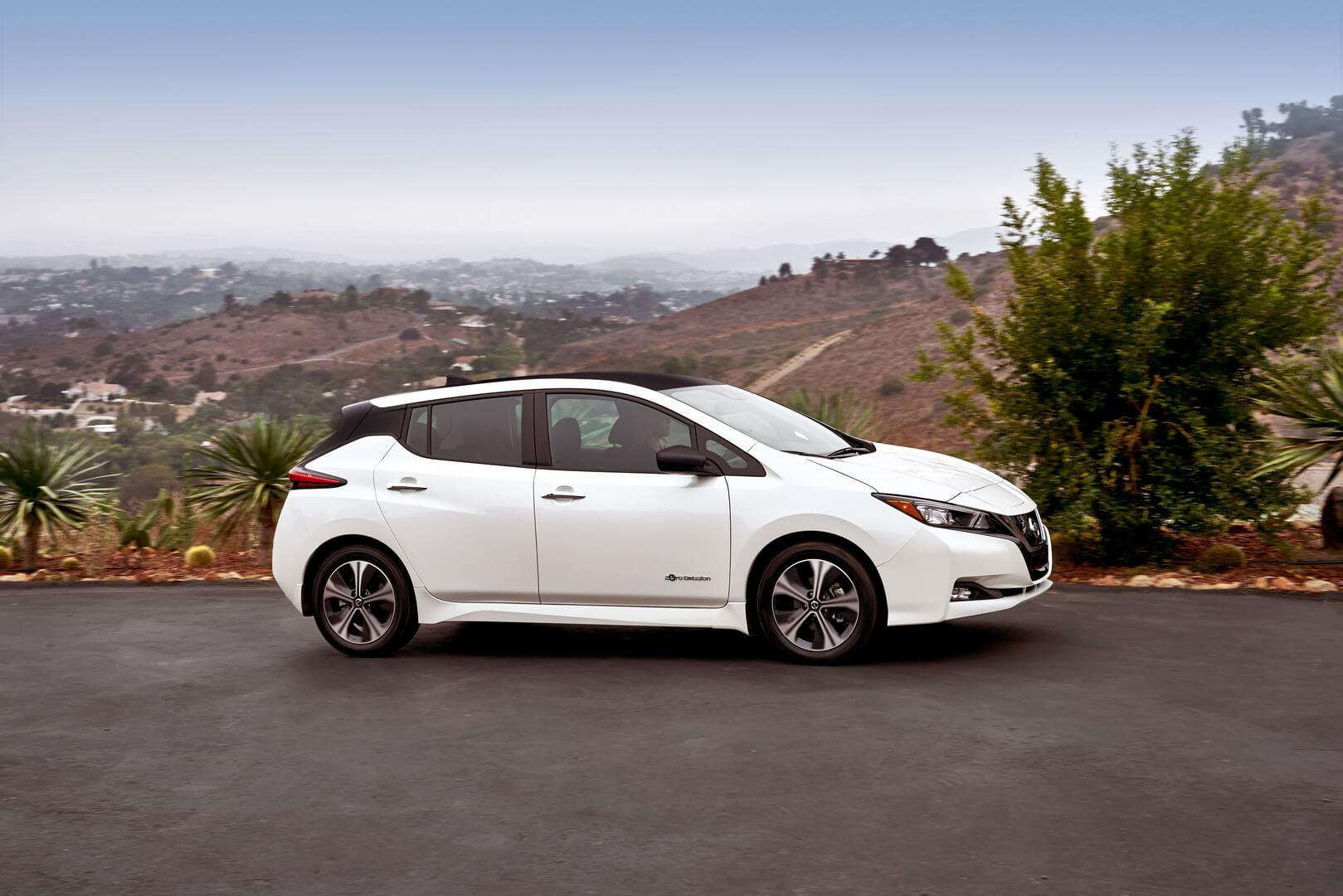 Фотография экоавто Nissan Leaf 2018 (60 кВт•ч) - фото 34