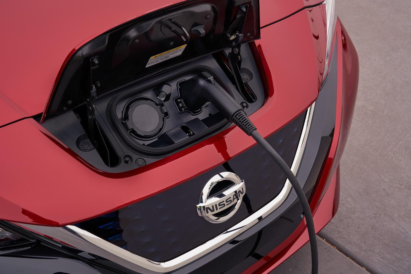 Фотография экоавто Nissan Leaf 2018 (60 кВт•ч) - фото 39