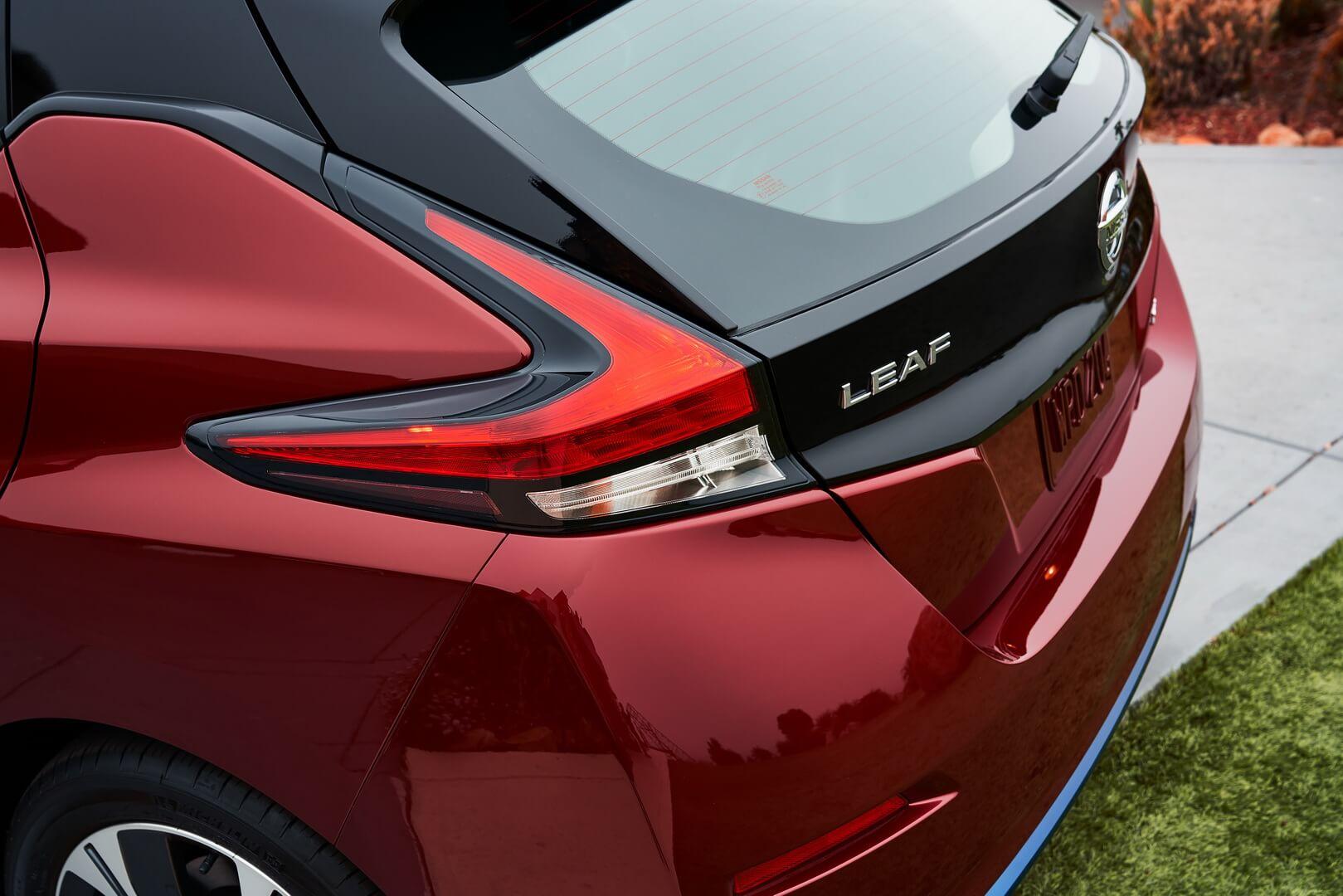 Фотография экоавто Nissan Leaf 2018 (60 кВт•ч) - фото 43