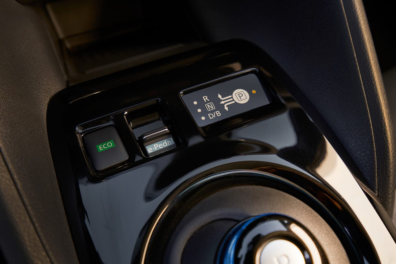 Фотография экоавто Nissan Leaf 2018 (60 кВт•ч) - фото 64