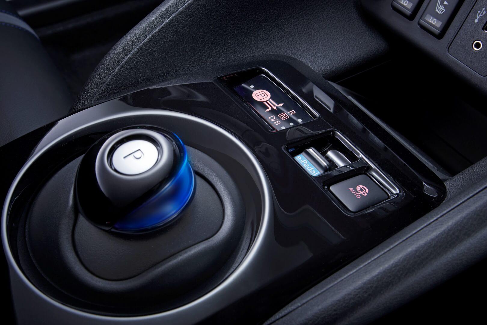 Фотография экоавто Nissan Leaf 2018 (60 кВт•ч) - фото 67