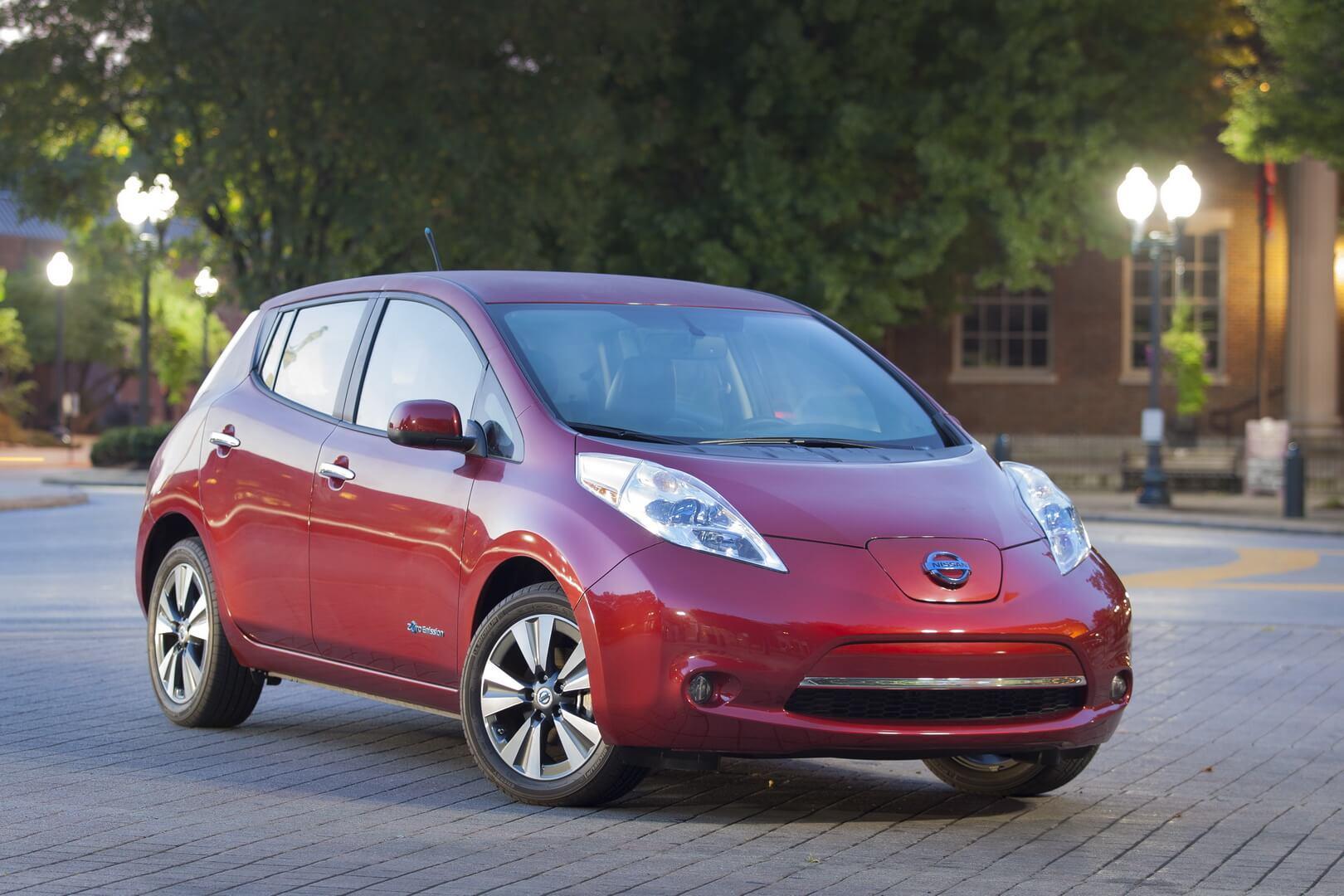Фотография экоавто Nissan Leaf 2013 (24 кВт•ч) - фото 20