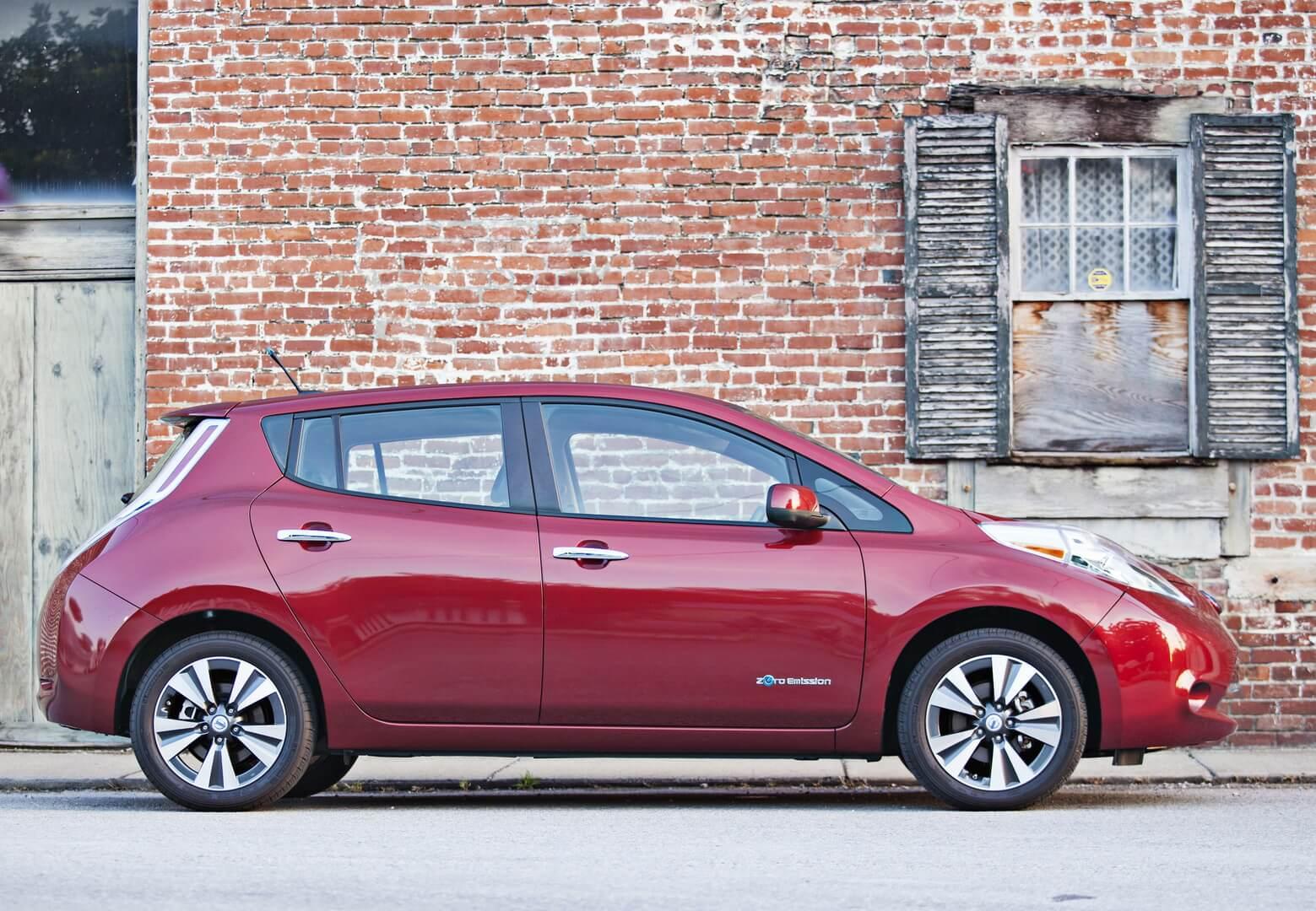 Фотография экоавто Nissan Leaf 2013 (24 кВт•ч) - фото 22