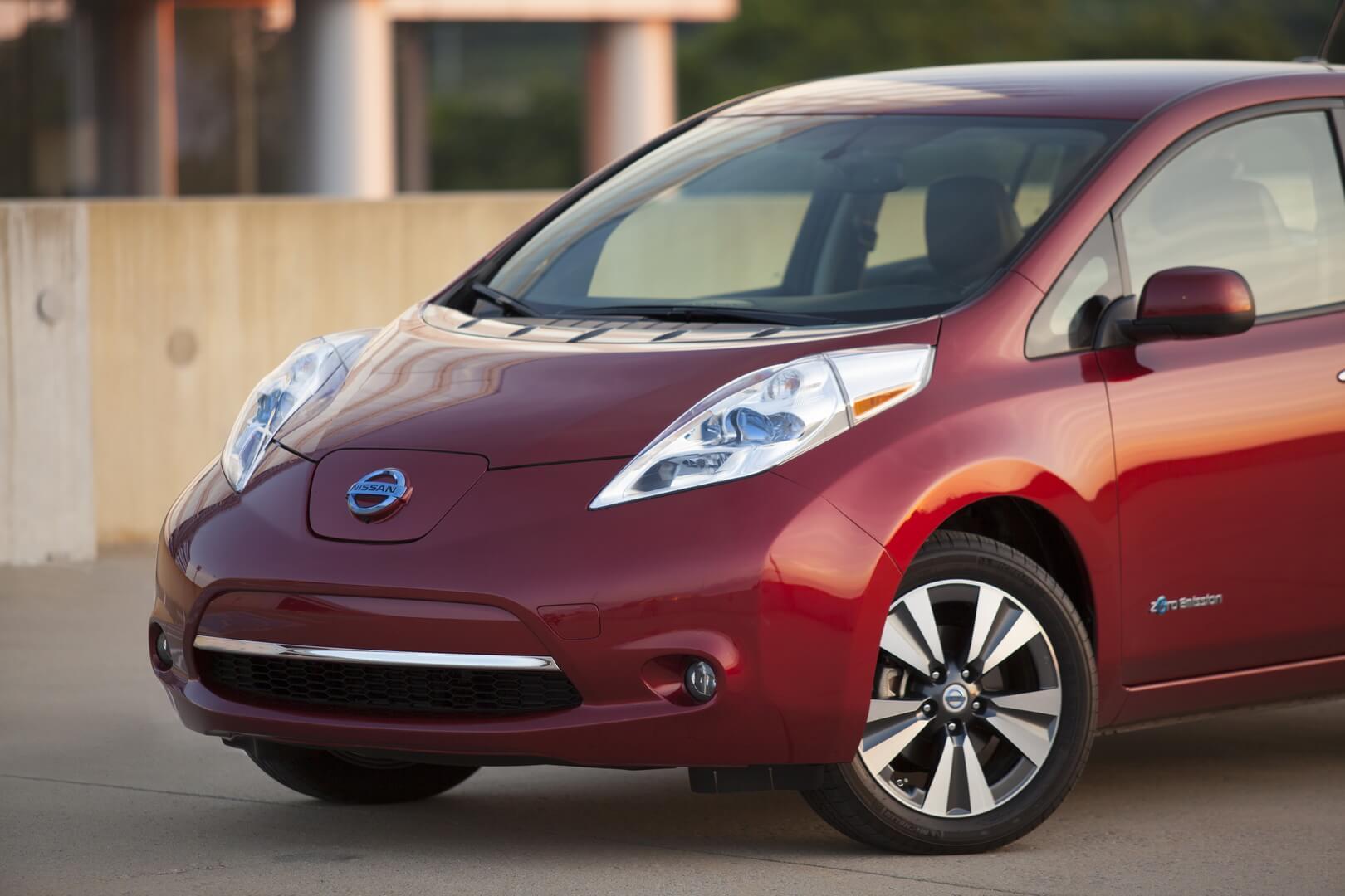 Фотография экоавто Nissan Leaf 2013 (24 кВт•ч) - фото 24