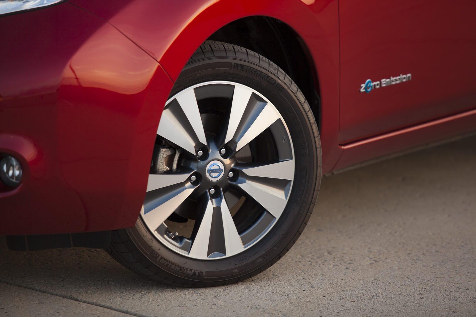 Фотография экоавто Nissan Leaf 2013 (24 кВт•ч) - фото 25
