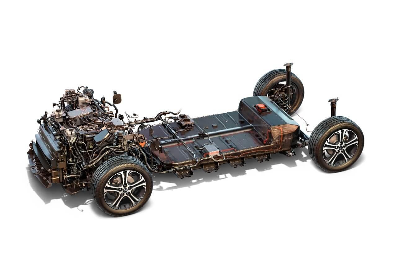Расположение двигателя и батареи Opel Ampera-e © media.opel.com