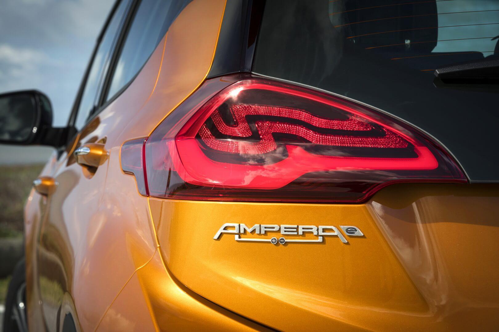 Фотография экоавто Opel Ampera-e - фото 25