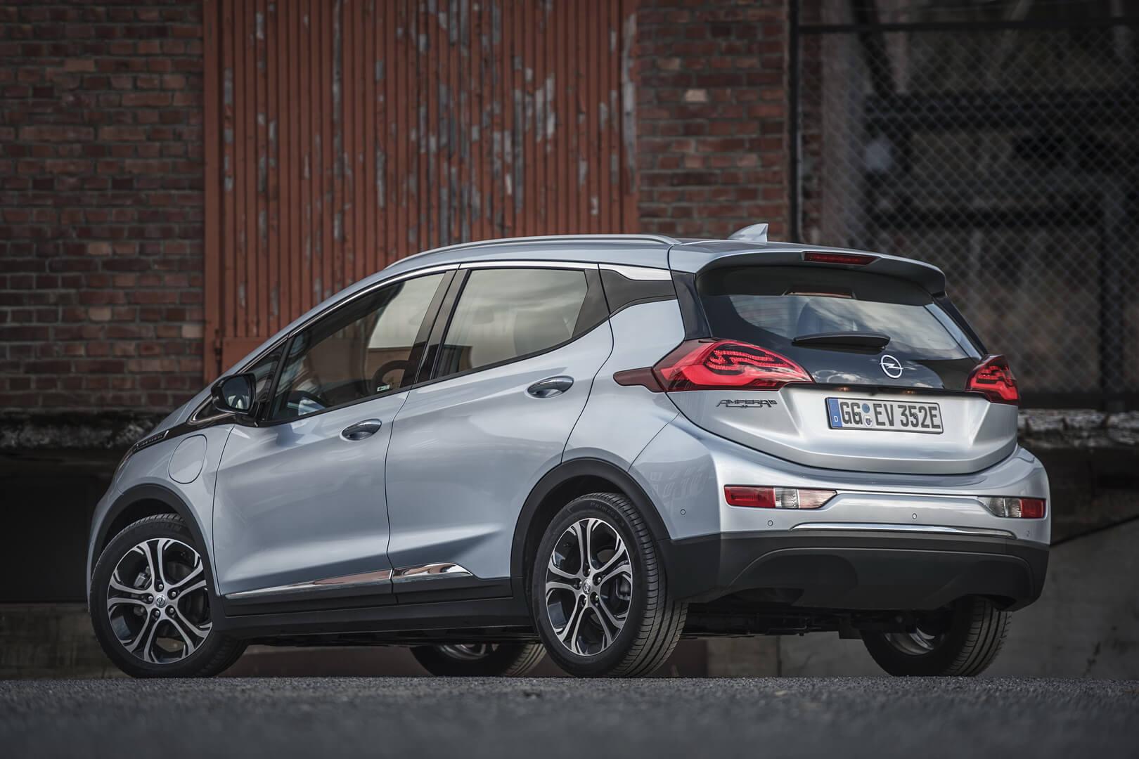 Фотография экоавто Opel Ampera-e - фото 38