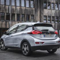Фотография экоавто Opel Ampera-e - фото 43