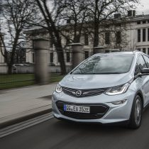 Фотография экоавто Opel Ampera-e - фото 52