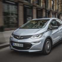 Фотография экоавто Opel Ampera-e - фото 53