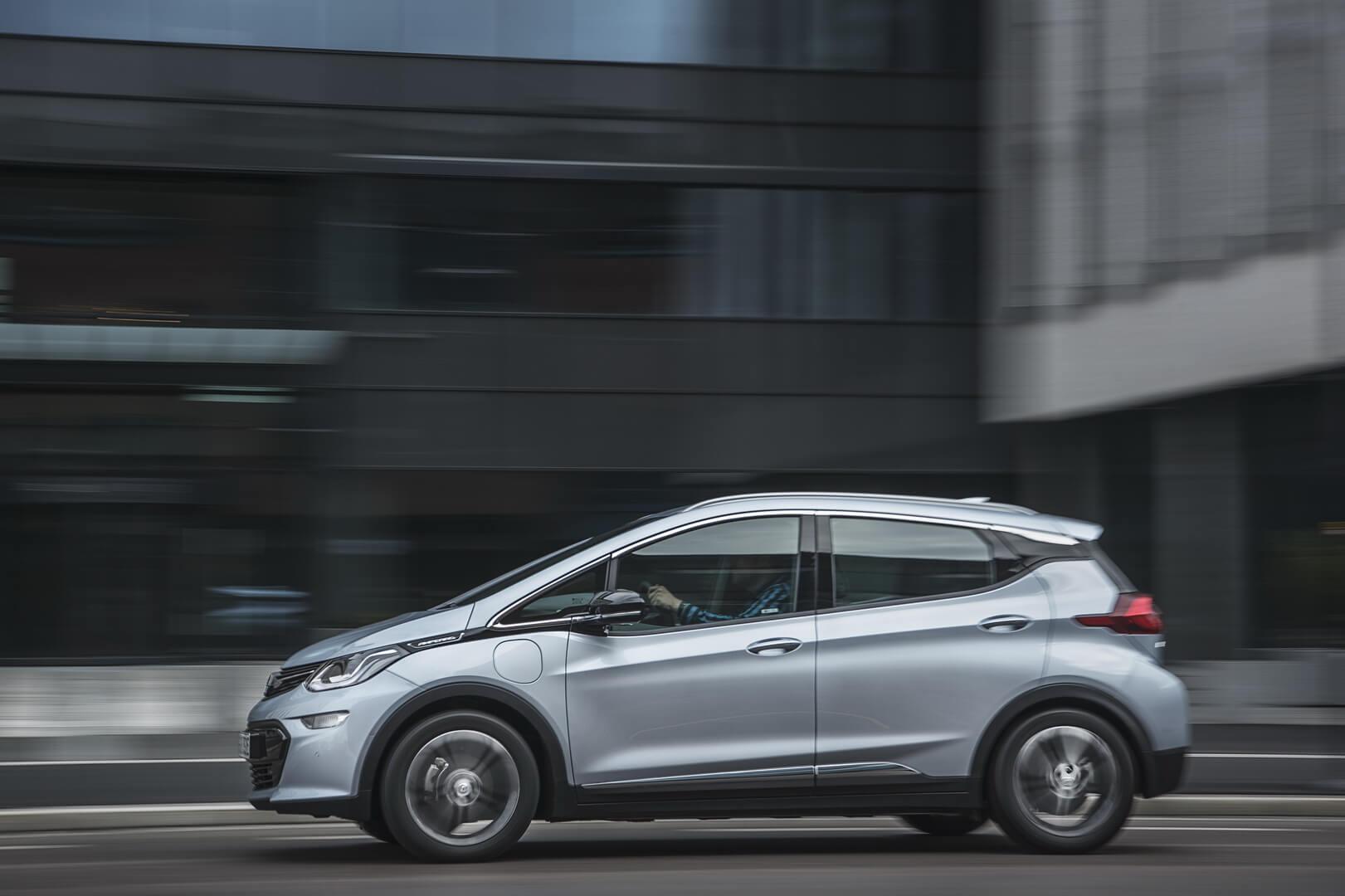 Фотография экоавто Opel Ampera-e - фото 56
