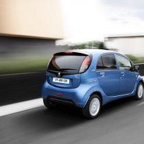 Фотография экоавто Peugeot iOn - фото 9