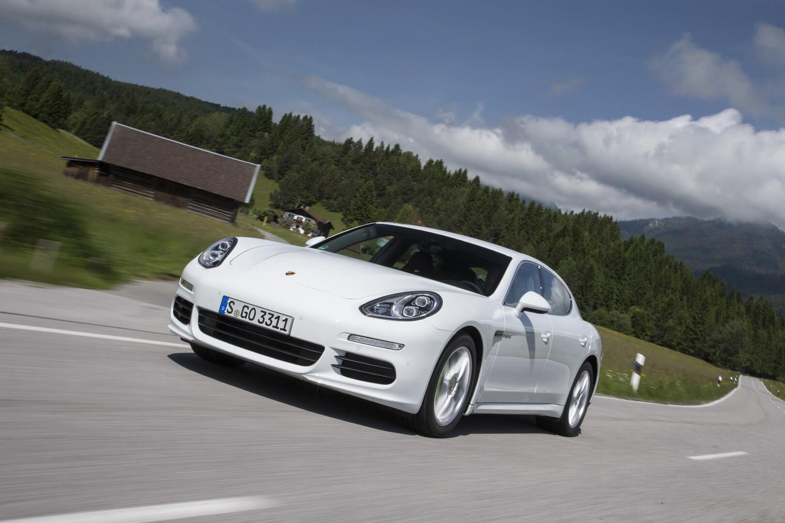 Фотография экоавто Porsche Panamera S E-Hybrid - фото 4