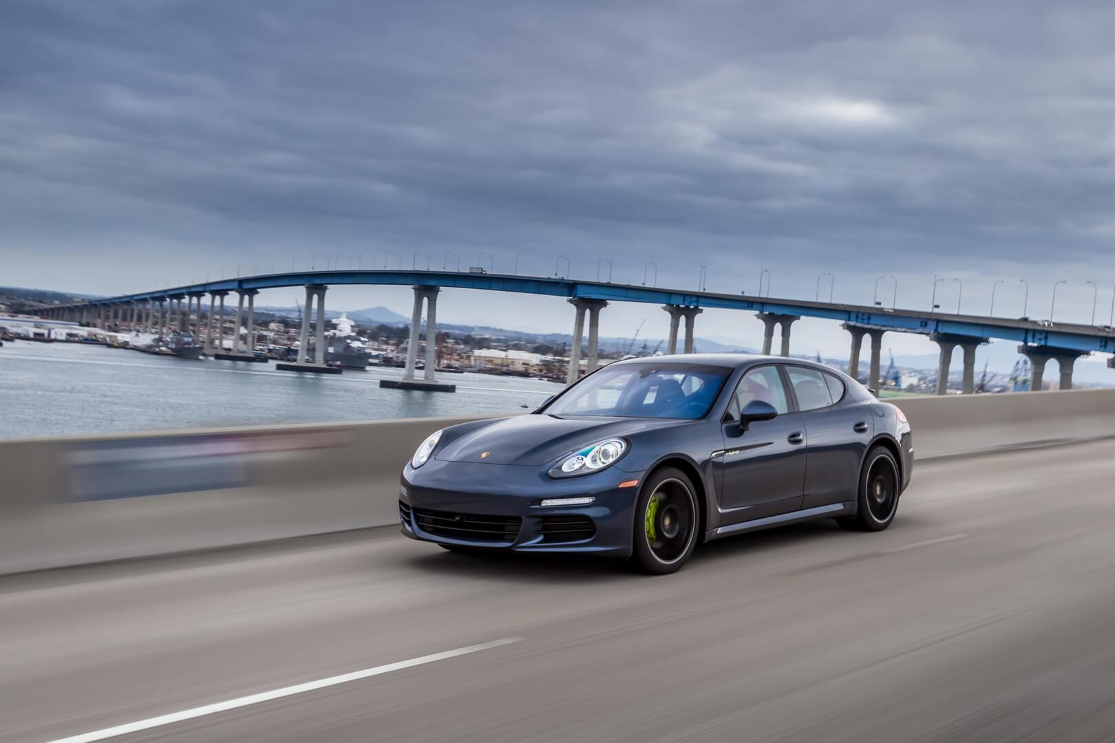 Фотография экоавто Porsche Panamera S E-Hybrid - фото 21
