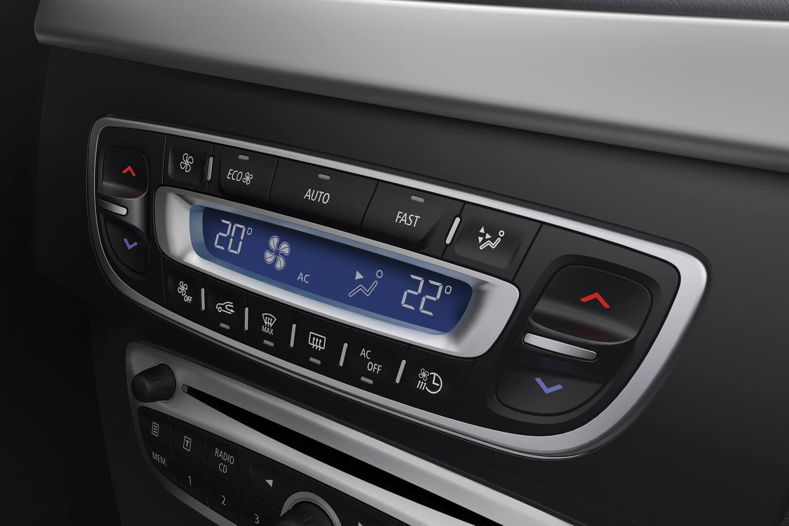 Фотография экоавто Renault Fluence Z.E. - фото 13