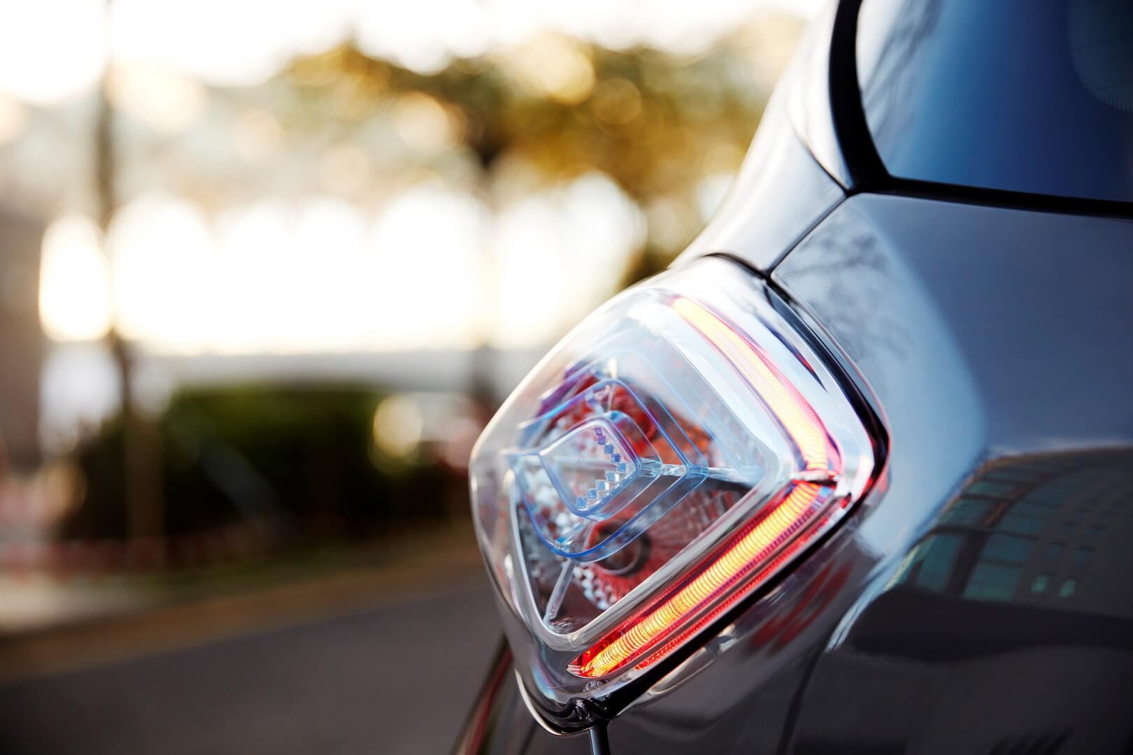 Фотография экоавто Renault ZOE Z.E. 40 - фото 3