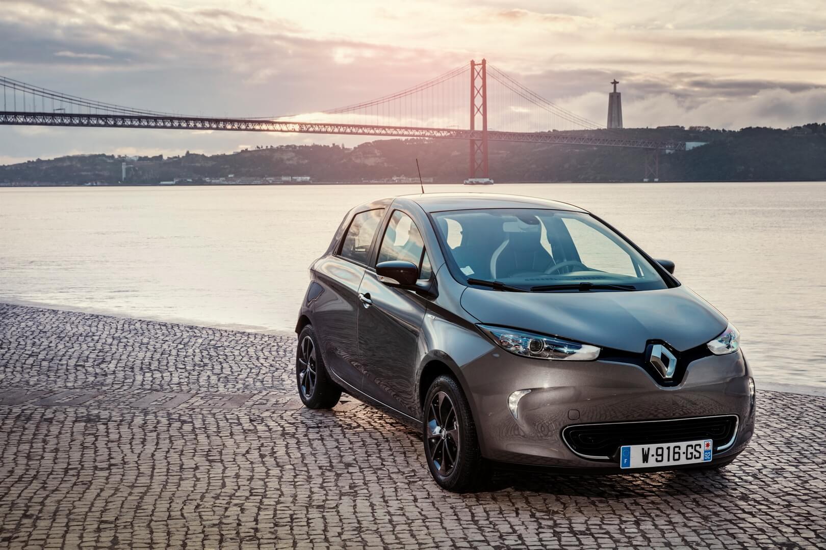 Фотография экоавто Renault ZOE Z.E. 40 - фото 10