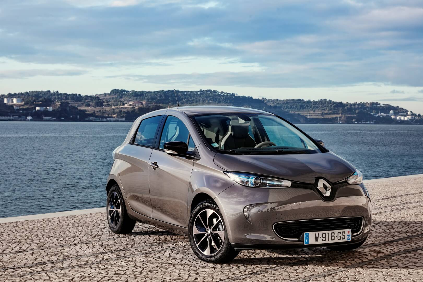 Фотография экоавто Renault ZOE 2012 - фото 14