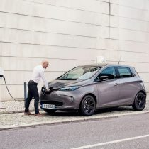 Фотография экоавто Renault ZOE 2012 - фото 20